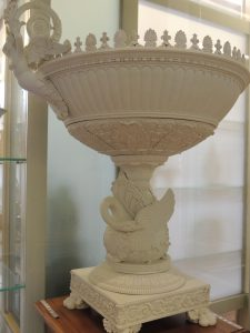 Coupe monumental; biscuit de porcelaine dure; Paris 1827